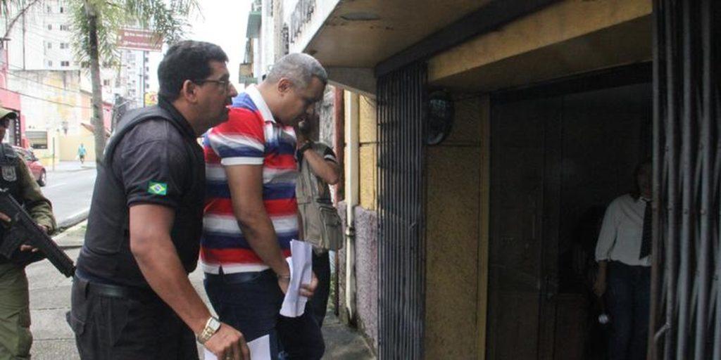 Cabo acusado de envolvimento em chacina que matou 27 pessoas na RMB vai a julgamento