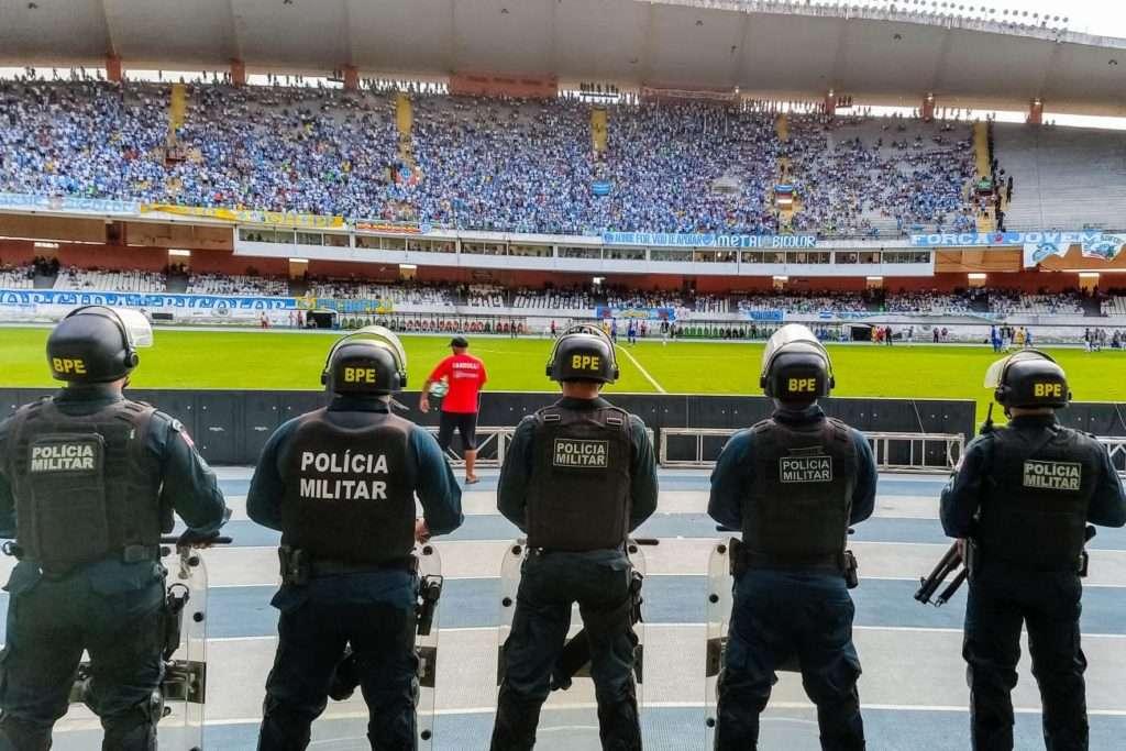 Polícia Militar atua com cerca de mil policiais em partida pela Copa Verde