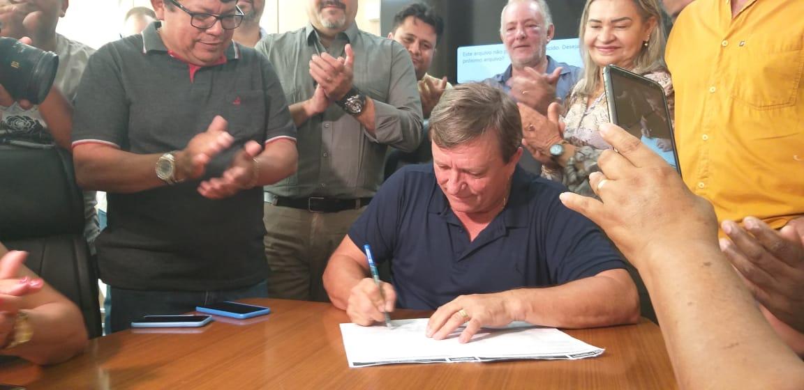 Em projeto de mais de R$ 350 milhões, 250 casas populares serão iniciadas em breve