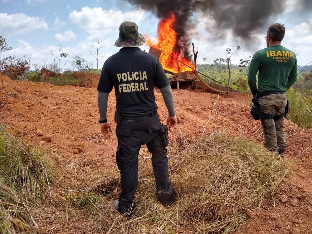 Ibama no PA diz que vai parar de danificar materiais apreendidos em garimpos ilegais