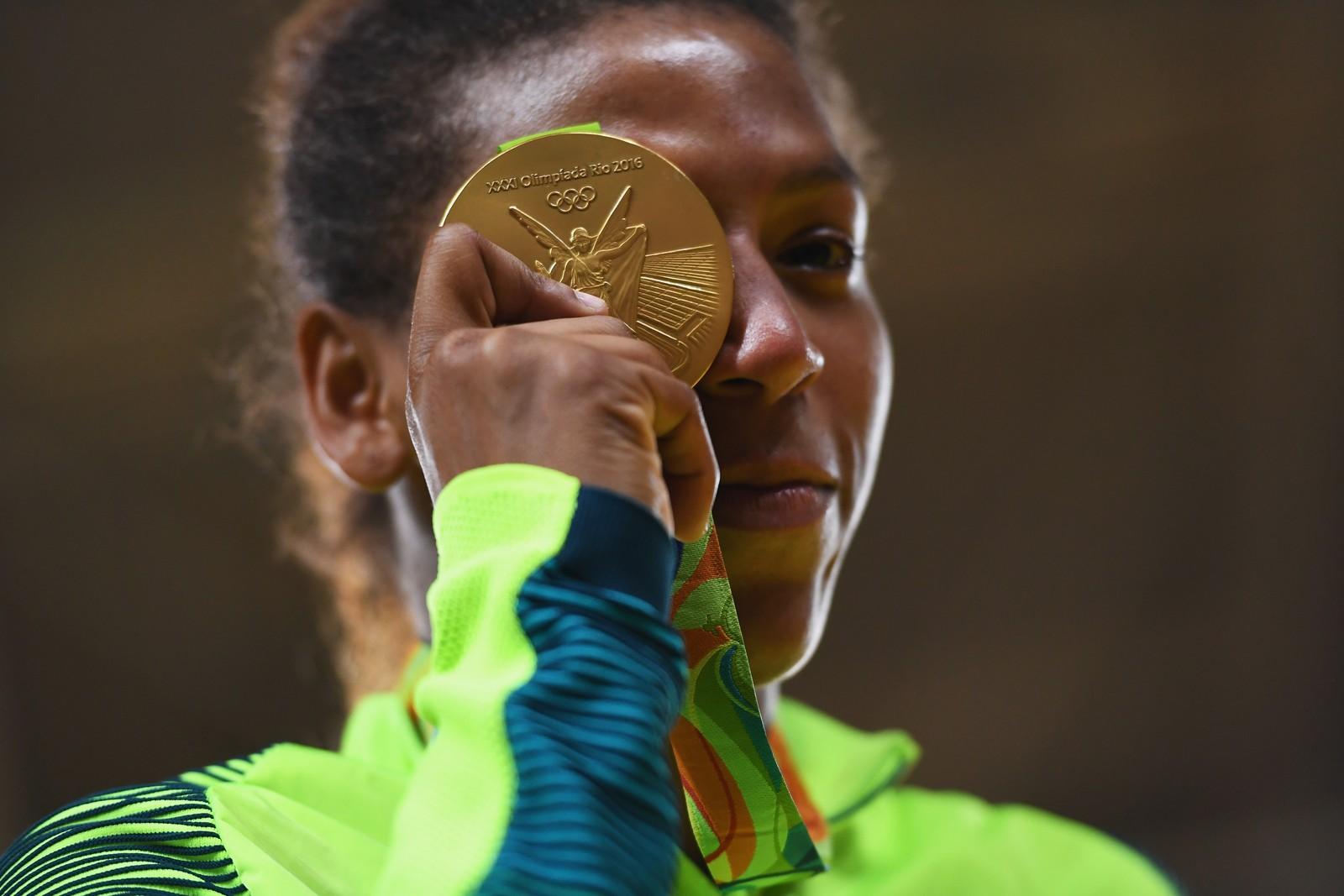 Campeã olímpica do judô, Rafaela Silva é flagrada no exame antidoping