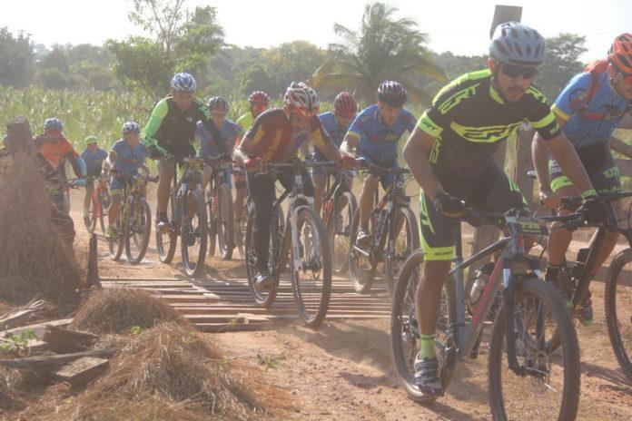 """O """"Desespero"""" da trilha ciclística em S. Domingos"""