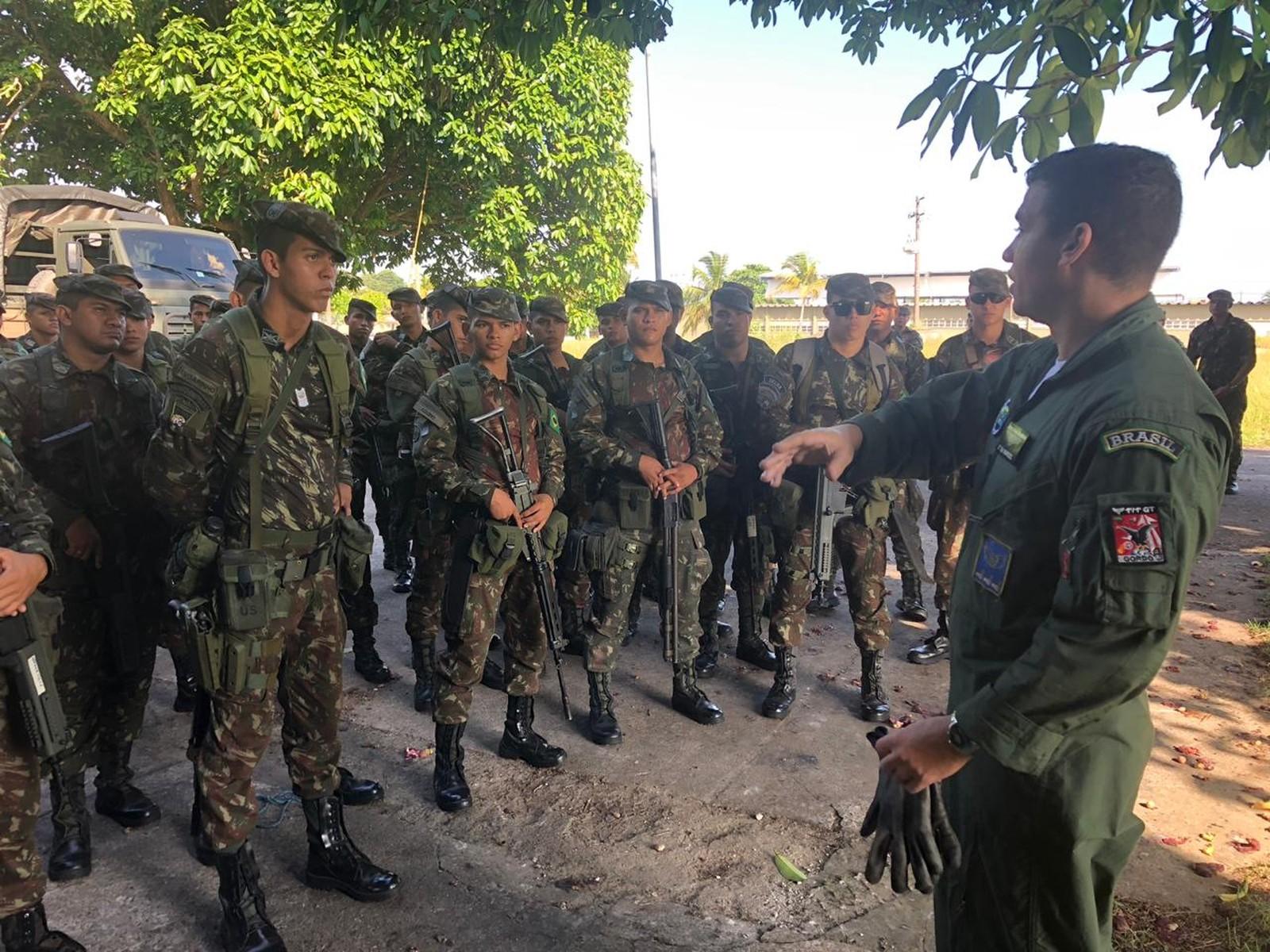 Exército envia mais 50 militares para o combate a incêndios florestais na Serra do Cachimbo