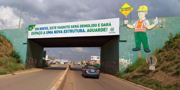 Prefeitura de Parauapebas acelera demolição de viaduto entre rodovias