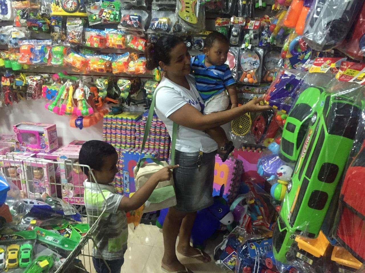 Paraupebenses antecipam compras para o Dia das Crianças