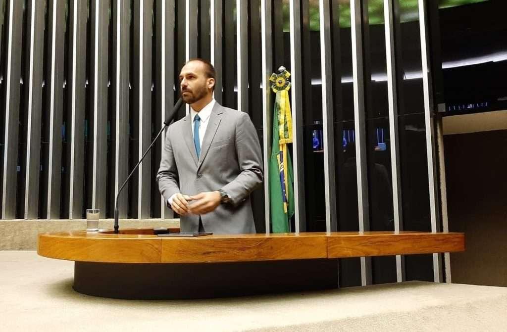 Eduardo Bolsonaro é o novo líder do PSL na Câmara