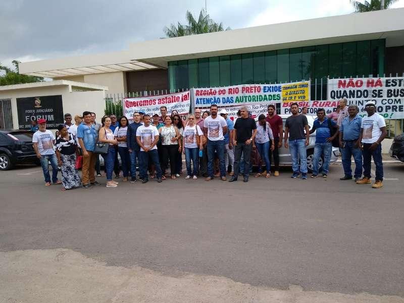 Estrada do Rio Preto: protesto marca audiência de conciliação no Fórum de Marabá