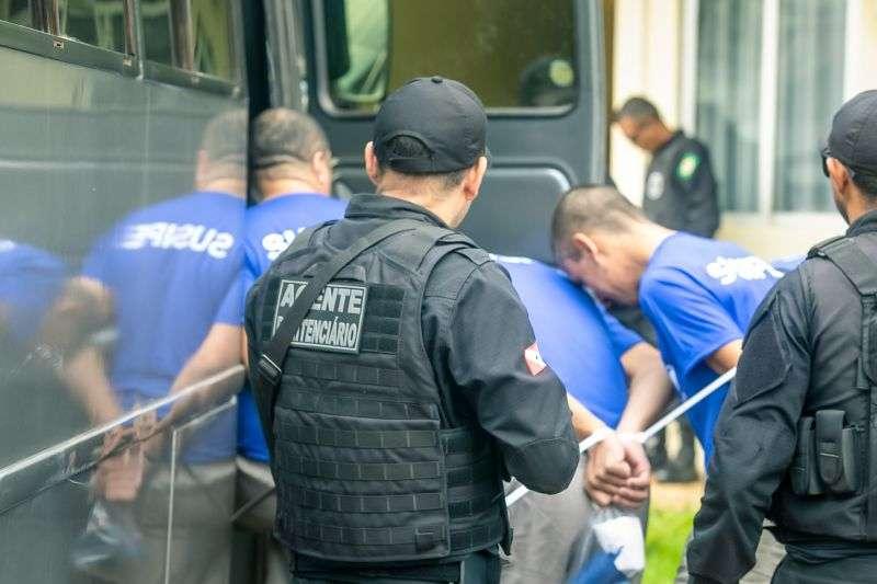 Internos são transferidos para novo complexo penitenciário